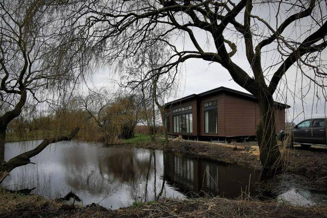 Thumbnail Lodge for sale in Bedford Bank, Welney, Wisbech