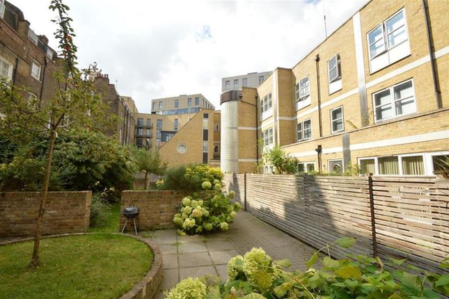 Thumbnail Mews house to rent in Elizabeth Mews, Kay Street, London