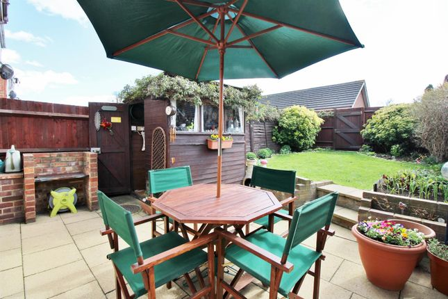 2 bed terraced house for sale in High Street, Greenhithe