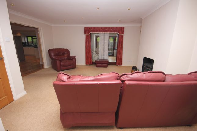 Living Room of Piddinghoe Mead, Newhaven BN9