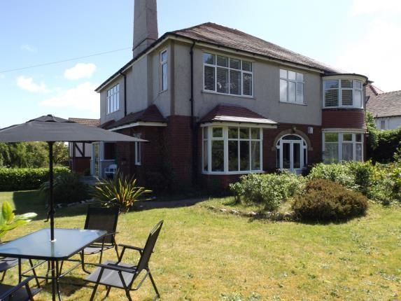 3 bed flat for sale in Brompton Avenue, Rhos On Sea, Colwyn Bay, Conwy