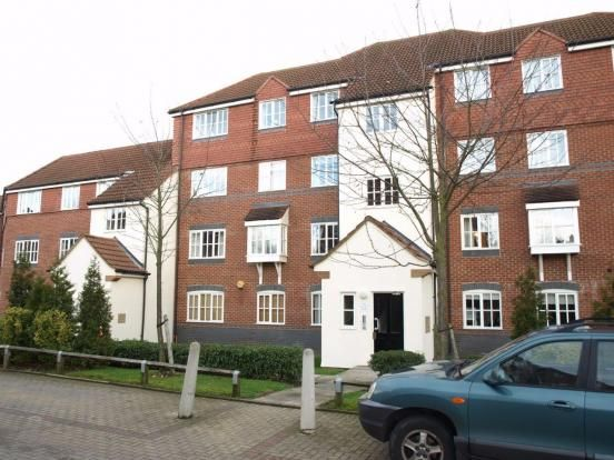 Thumbnail Flat to rent in Node Way Gardens, Welwyn, Hertfordshire
