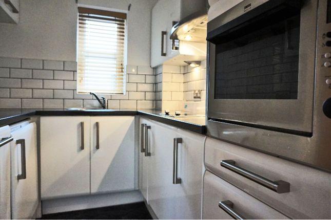 Thumbnail Flat for sale in 21 Baker Street, Hull