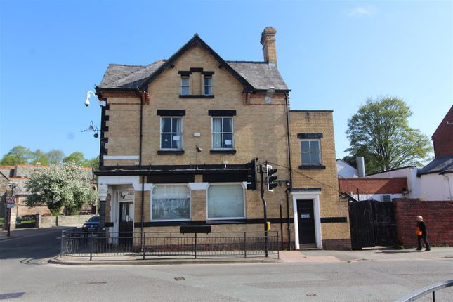 Thumbnail Town house for sale in Church St, Oswestry