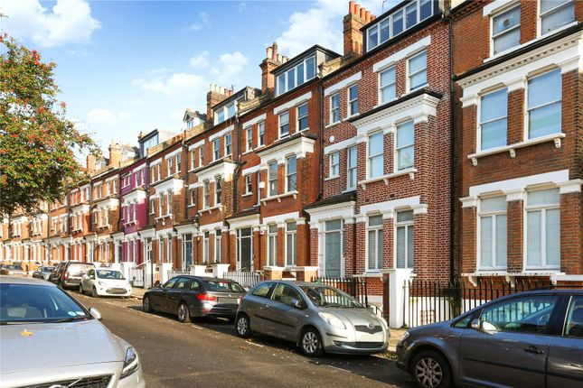 Picture No. 10 of Primrose Gardens, London NW3