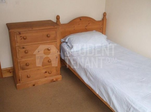 Thumbnail Shared accommodation to rent in West Road, Buxton