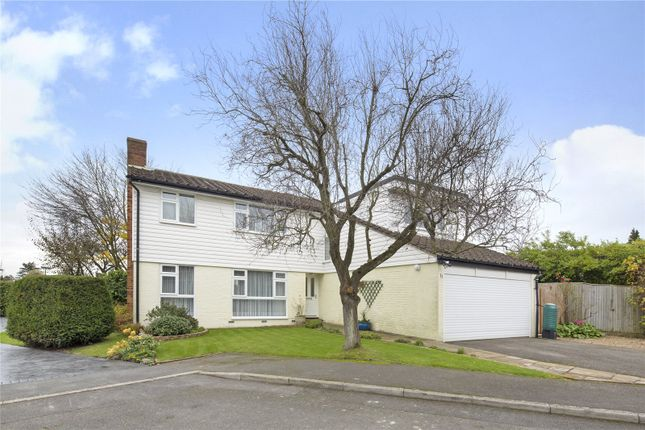 Thumbnail Detached house for sale in Linden Way, Purley
