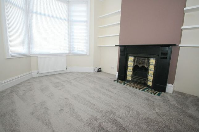 Thumbnail Property to rent in Mortimer Road, London