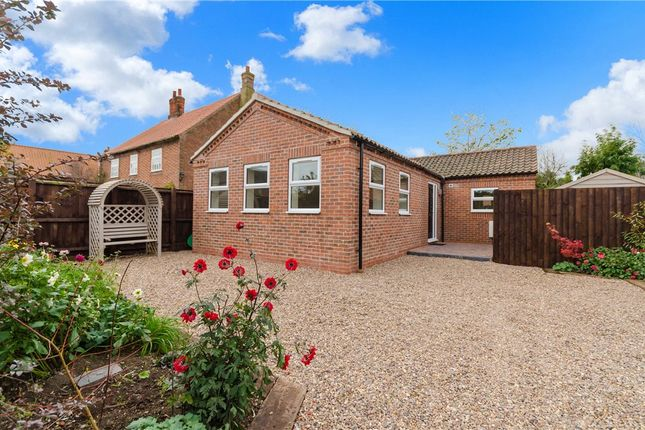 Thumbnail Detached bungalow for sale in Great North Road, Cromwell, Newark