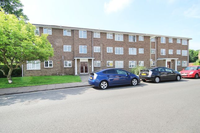 Thumbnail Flat for sale in Waters Drive, Staines