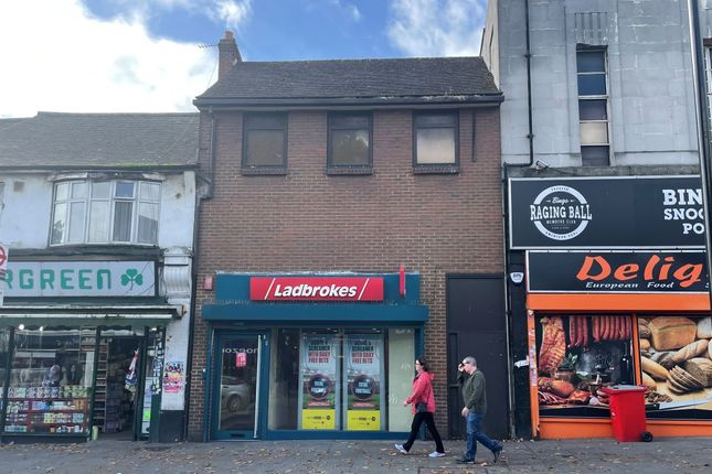 Thumbnail Pub/bar for sale in 31B The Broadway, Greenford, Middlesex