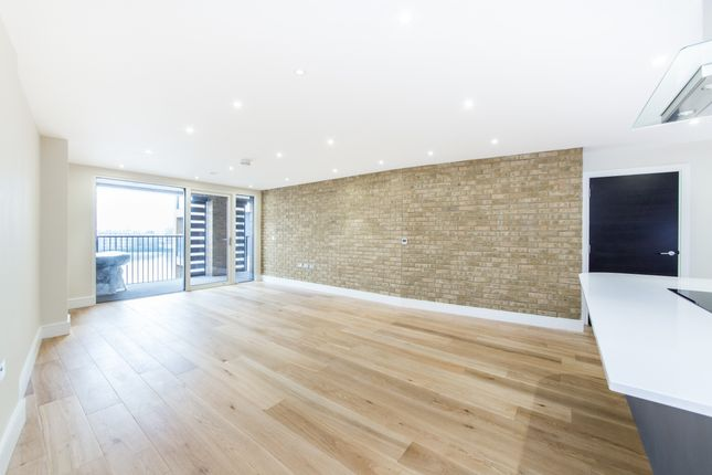 2 bed flat for sale in Wapping Riverside, Marc Brunel House, Wapping