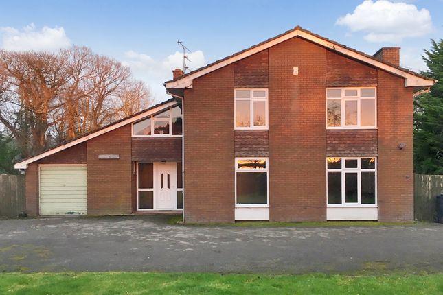 Room to rent in Intake Lane, Birckerstaffe L39