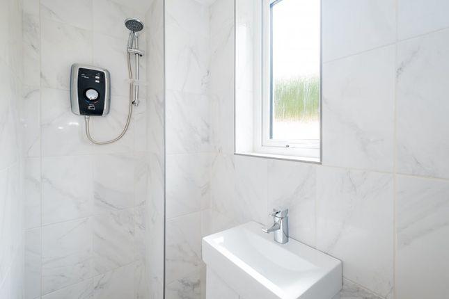 Bathroom of Harcourt House, Cotswold Dene, Standlake OX29