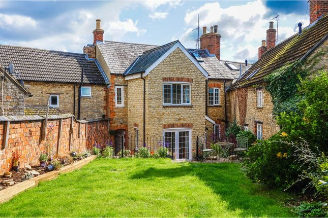 Thumbnail Cottage for sale in Yardley Road, Olney