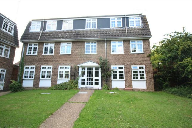 Thumbnail Flat for sale in West Bank, Enfield, Middx