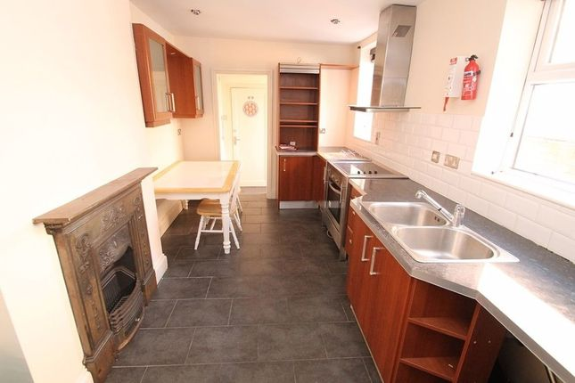 Thumbnail Property to rent in Kirby Road, Leicester