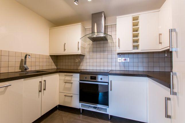 Thumbnail Flat to rent in Milton Road, Swindon