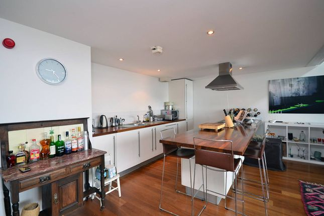 Thumbnail Flat to rent in Wenlock Road, Old Street
