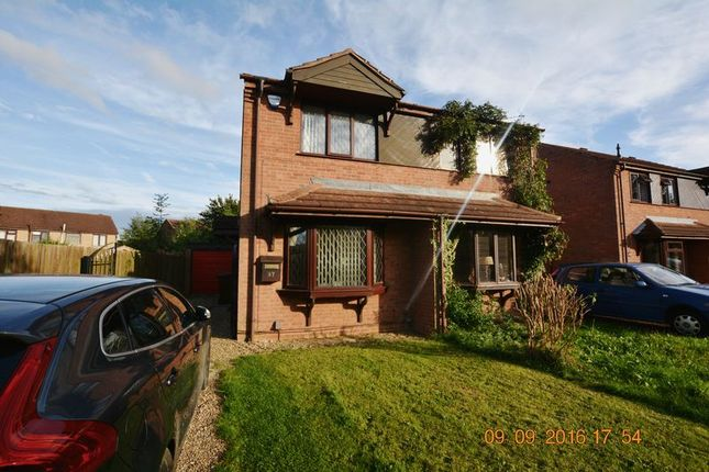 2 bed semi-detached house to rent in Chedworth Road, Glebe Park
