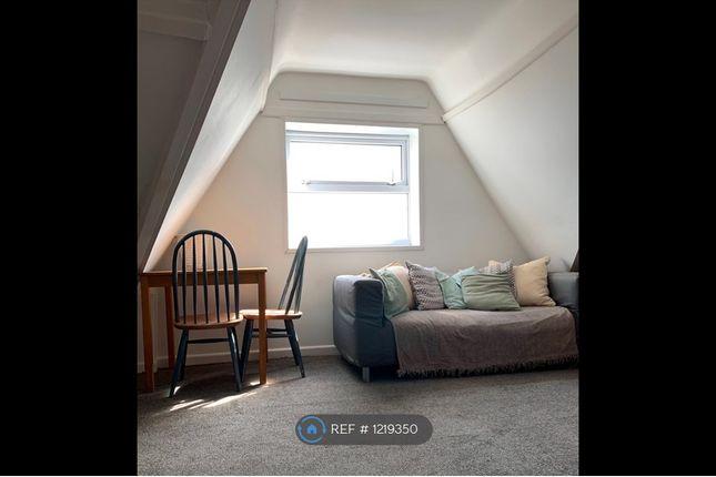 Studio to rent in Montpelier Terrace, Swansea SA1