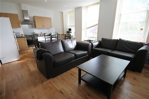 Thumbnail Flat to rent in Belle Grove Terrace, Newcastle Upon Tyne