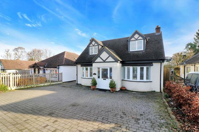 Thumbnail Bungalow for sale in Scatterdells Lane, Chipperfield, Kings Langley