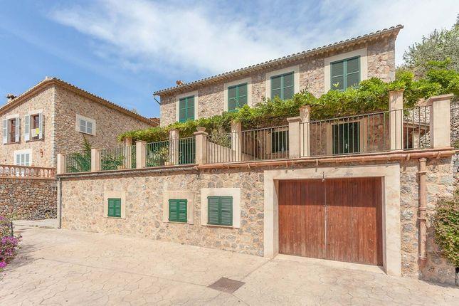 Villa for sale in Deia, The Balearics, Spain