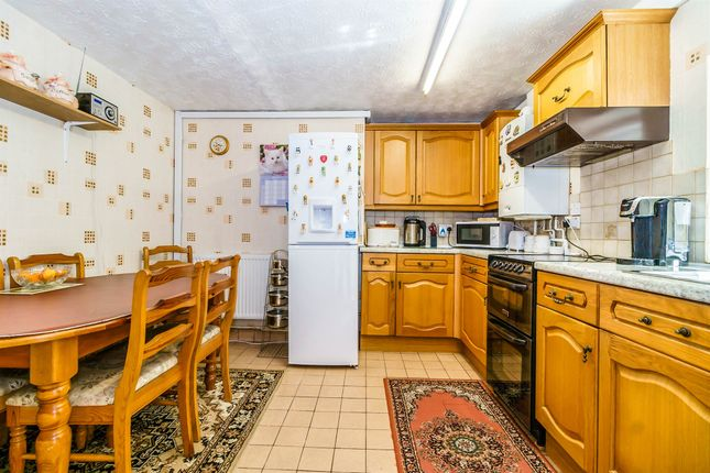 Thumbnail Flat for sale in Home Park, Stoke, Plymouth