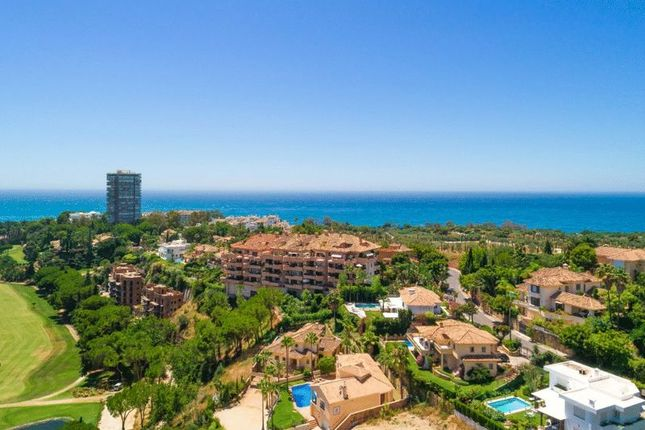 Thumbnail Apartment for sale in Rio Real, Marbella, Malaga