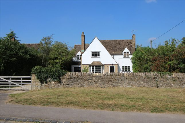 Thumbnail Country house for sale in Woodstock Road, Stonesfield, Oxfordshire