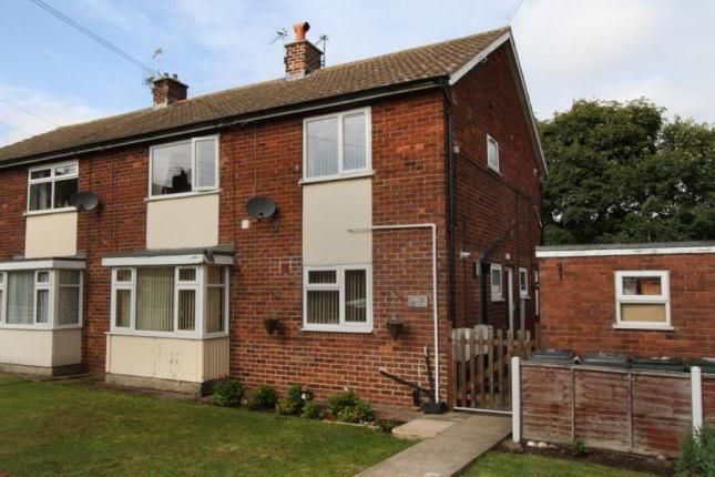 2 bed flat to rent in Moorfield Grove, Ravenfield, Rotherham S65