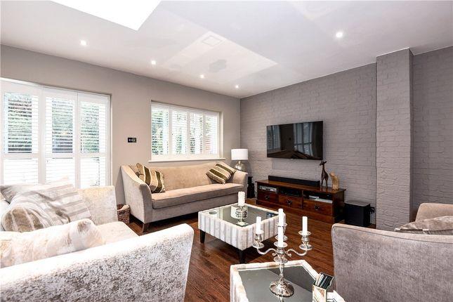 Lounge 2 of Court Drive, Hillingdon, Uxbridge UB10