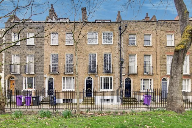 Thumbnail Terraced house for sale in Paradise Row, Bethnal Green, London