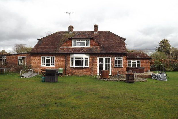Thumbnail Detached house to rent in The Crescent Ashurst, Southampton
