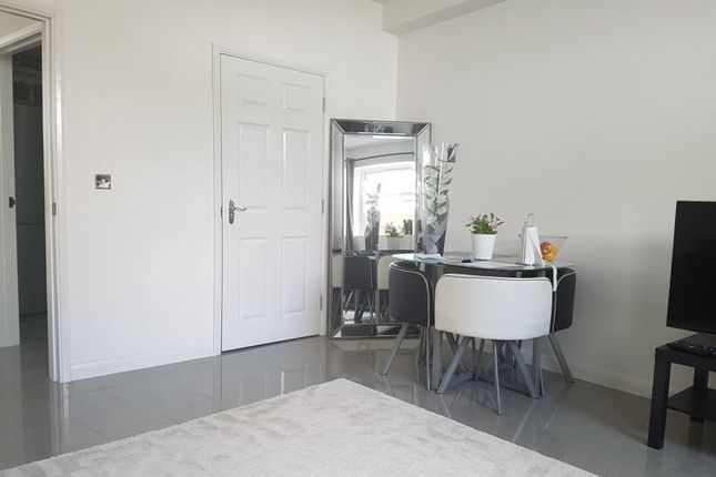 Thumbnail Flat to rent in Leswin Place, London