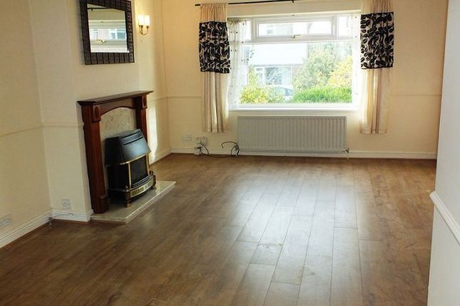3 bed semi-detached house to rent in Marsden Close, Solihull