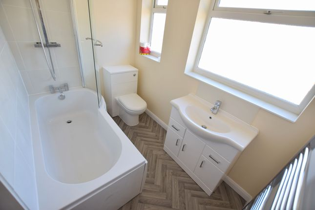 Bathroom of Coast Road, Pevensey Bay BN24
