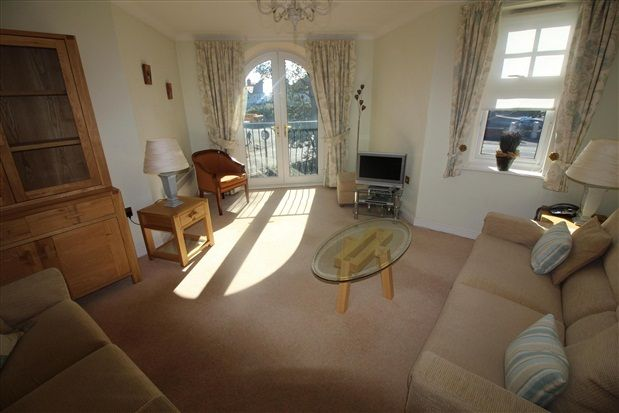 Thumbnail Flat for sale in Clifton Drive South, Lytham St. Annes