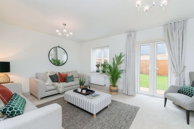 Thumbnail Detached house for sale in Bessemer Close, Bicester