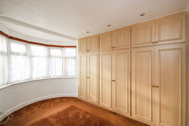 Master Bedroom of Tennyson Road, Coventry CV2