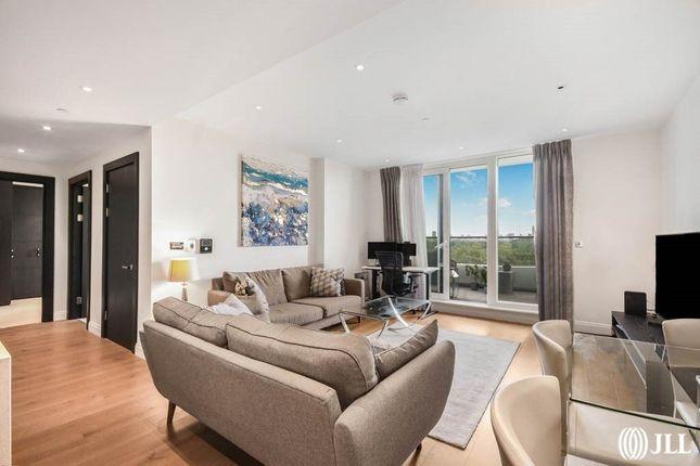 Thumbnail Flat for sale in Camelia House, Queenstown Road, Vista Chelsea Bridge, London