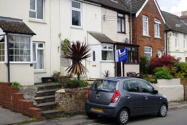 Thumbnail Terraced house to rent in Allbrook Hill, Eastleigh
