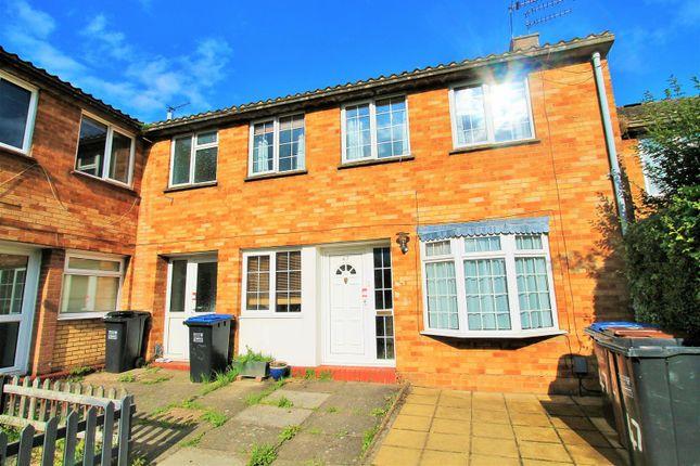 Thumbnail Property to rent in Bradshaws, Hatfield