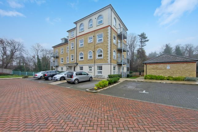 Thumbnail Flat for sale in Weir Road, Bexley