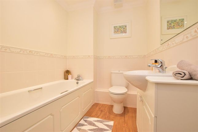Bathroom of Crofters Close, Redhill, Surrey RH1