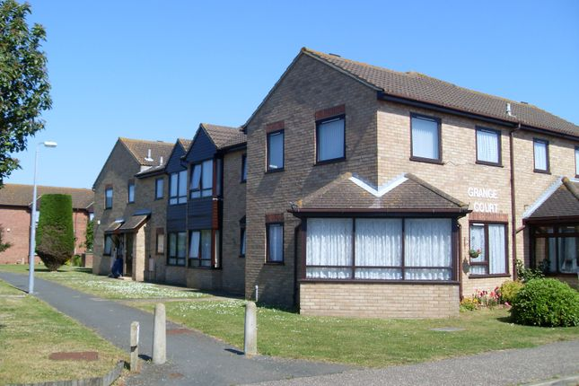 Thumbnail Flat to rent in Battisford Drive, Clacton On Sea