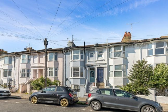 2 bed flat for sale in Livingstone Road, Hove, East Sussex BN3