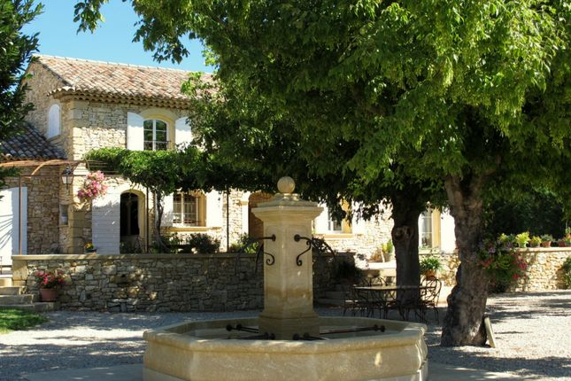 6 bed property for sale in Mallemort, Bouches Du Rhone, France
