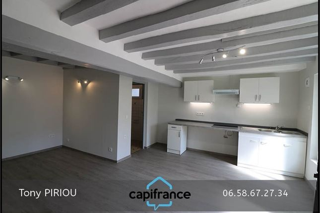2 bed property for sale in Pays De La Loire, Maine-Et-Loire, Saumur